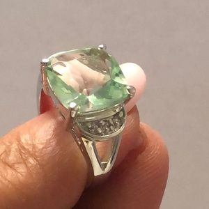 Vintage sterling 925 green Topaz w/ zirconia ring